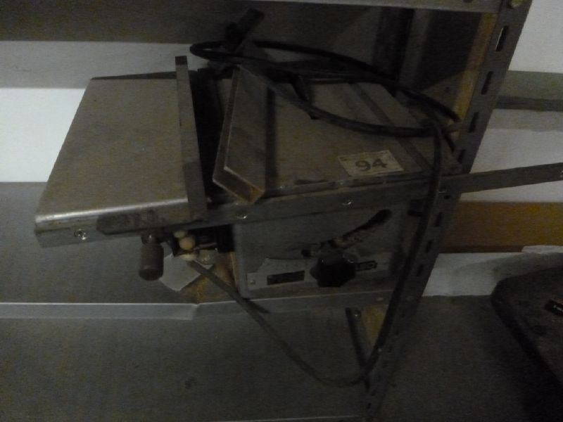 File:Dump table saw.jpg