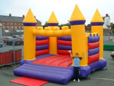 ADULT-BOUNCY-CASTLE.JPG